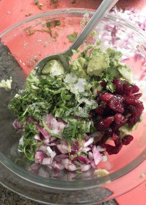 Wonton cups with Southwestern Chicken Salad - Prepare Guacamole