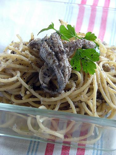 pasta con alici(anchovies) - Dani's way