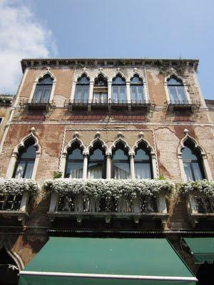 Venice: the famous attractions, but also the true beauty- intimate canals and charming old facades