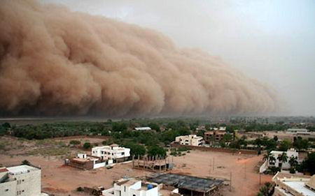 Incredible Dust Storm Photos