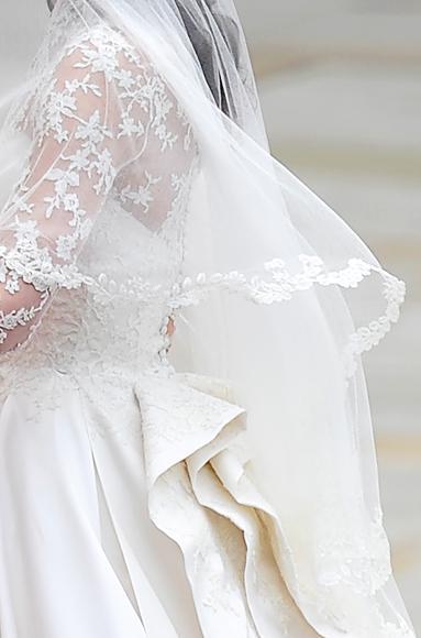 Detail of Kate Middleton's wedding dress