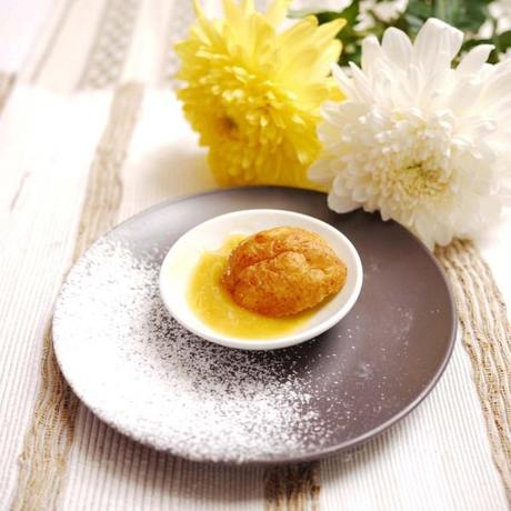 Vanilla Ricotta Fritters with Lemon Curd