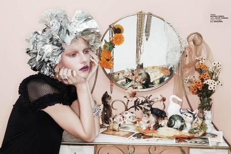 jamie nelson5 Hot Makeup: Elle Mexico June 2011