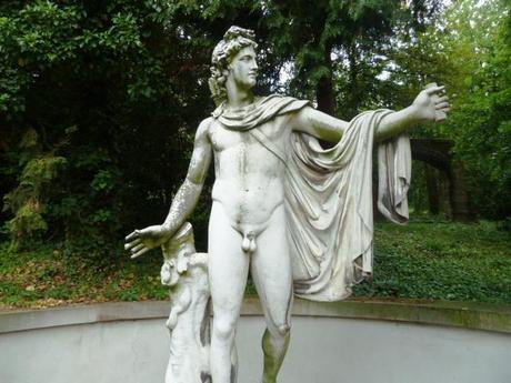 lapidarium_man statue