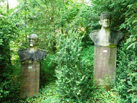 lapidarium_statues heads