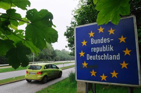Eco-Trek Returns Home to Germany After Driving Fuel Cell Cars Around the World