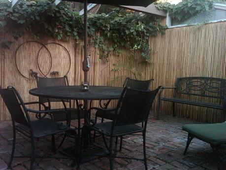 Simple Courtyard Makeover Makes It Look Like New Paperblog