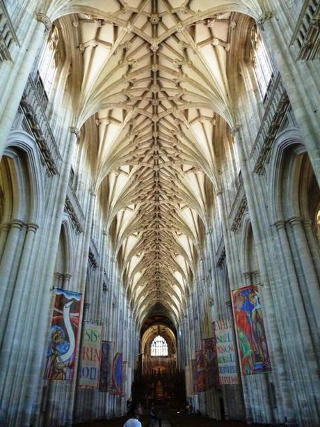 things to do in winchester_winchester cathedral ceiling