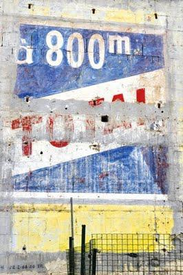 Ghost signs (55): the Loire