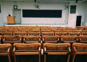 Attending College In Your 30s: Pros & Cons