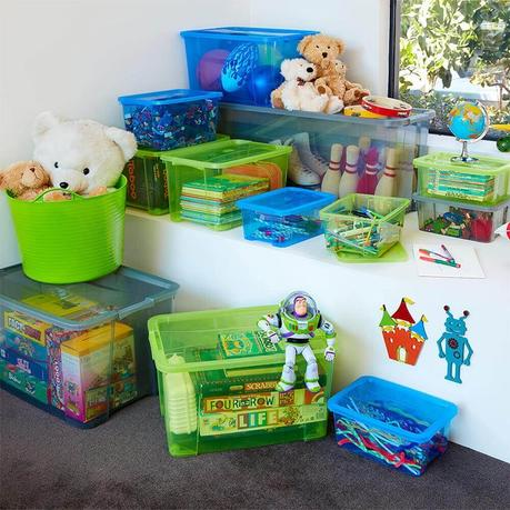 3 Reasons Why Storage Containers Make Spring Cleaning a Breeze
