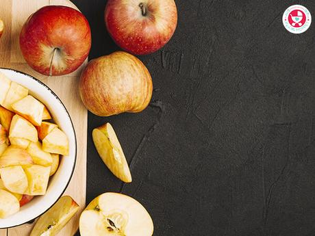Apples are among the healthiest fruits, so it's only natural that Moms want to feed it to their babies and they ask.