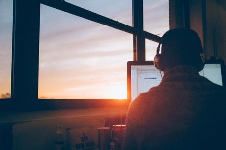 Top 10 (+2 Bonus) Entrepreneurship Blogs You Should be Reading