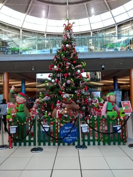 Christmas Tree at the Forum