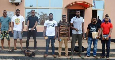 EFCC Arrests 8 Online suspected fraudsters in Elebu-Oja (Photos)
