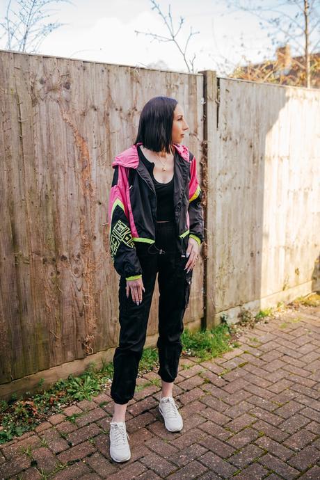 Neon 90's vibes