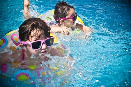 7 reasons why pool fencing is necessary for a family with kids