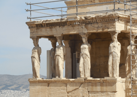 10 Things to Know Before Traveling to Athens