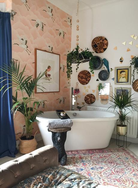 Boho bathroom inspiration.