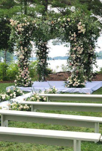 park wedding flower ceremony decor rachelaclingen
