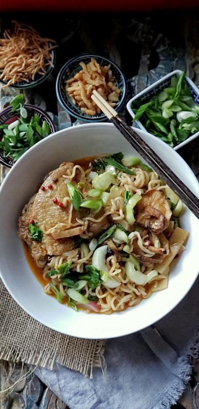 asian chicken and ramen noodles