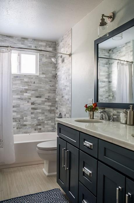 Bathroom Wall Decor Interesting Bathtub Tile on the Wall - Harptimes.com