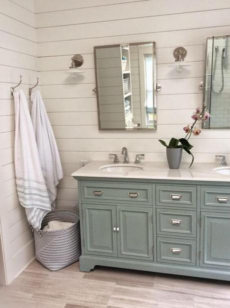 Bathroom Cabinet Ideas Gray Cabinets in a Cottage Style Bathroom - Harptimes.com