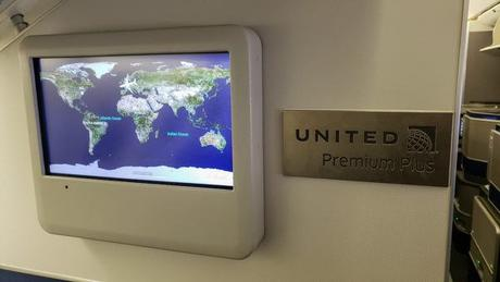 United Premium Plus – Is The New Seating Area Worth It?
