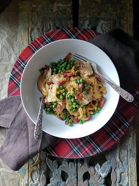chicken linguine with peas and green onions