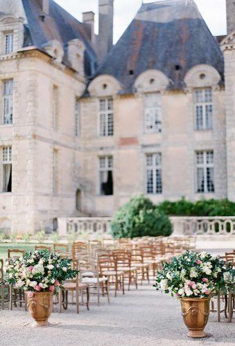 outdoor wedding venues aisle near castle Peter Veronika