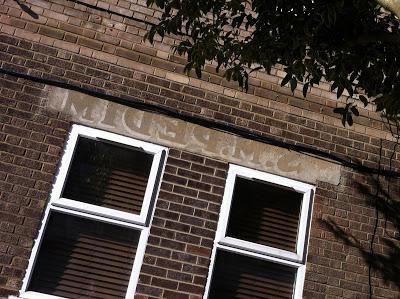 Flipped Pedim ghostsign in Upper Holloway