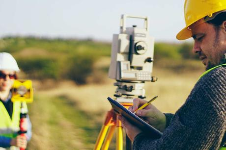 5 Tips For Hiring A Quality Land Surveyor