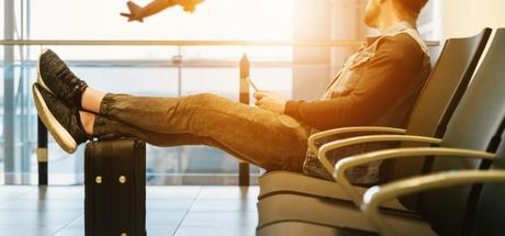 Is it Safe to Fly with an Ear Infection?3 min read