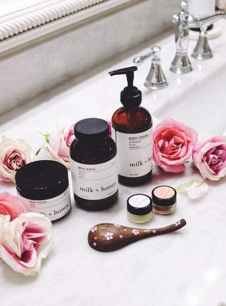 How to Create a Spa Day at Home