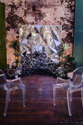silver wedding decor ideas backdrop modern mila_cacao
