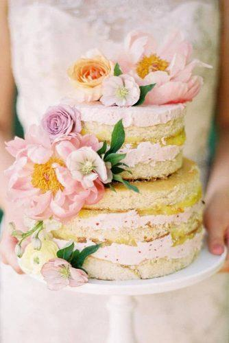 summer wedding trends naked cake with pink flowers and cream jessicagoldphoto
