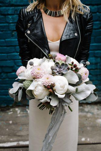 summer wedding trends bridal bouquet with white peonies and pink dahlias berrias and gray ribbon mila_cacao