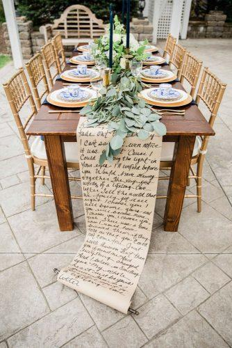 summer wedding trends outdoor reception table with calligraphy signs table runner cora jane photo co