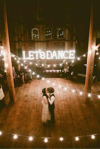 wedding splurges barn wedding first dance andrialindquist