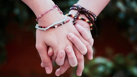 Image: Friendship Bracelets, by Luisella Planeta Leoni on Pixabay