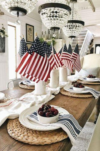 independence day wedding reception table décor with american flag centerpieces lizmarieblog