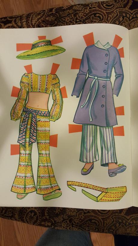 Malibu Skipper Paper Dolls (Whitman 1973)