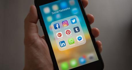 4 Reasons Healthcare Industry Must Use Social Media