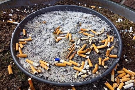 smoking-ash-ash-tray