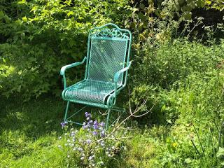Product Review - the Hansford Coil Spring Garden Chair