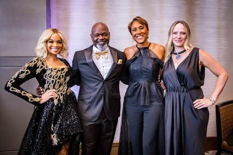 Star-Studded Crowd Helps Raise $1.1 Million Raised at This Year's Emmitt Smith Celebrity Invitational