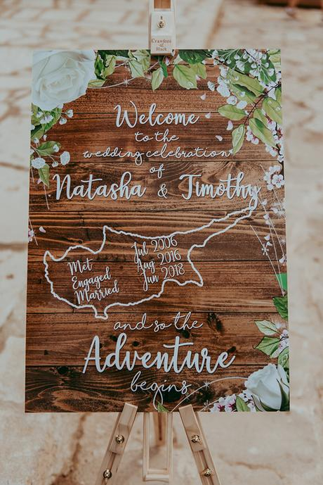 rustic-wedding-greenery-white-hues_16