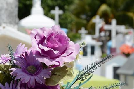 5 Reasons to Plan Your Own Funeral