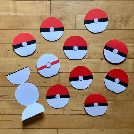 Easy DIY: Pokeball Cards