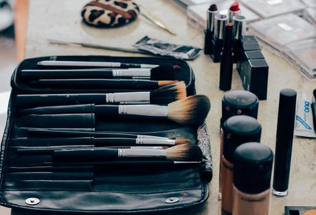 The Revival of Powder Foundation Into Everyday Makeup Routine